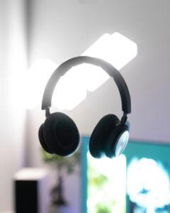 Binaurale Kopfhörer im Vergleich
